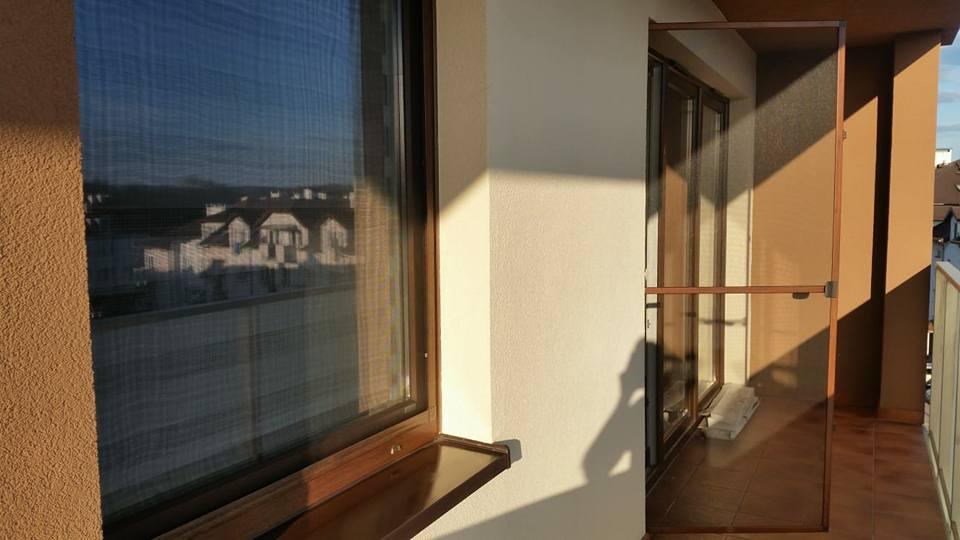 niepołomice moskitiera na okno dachowe